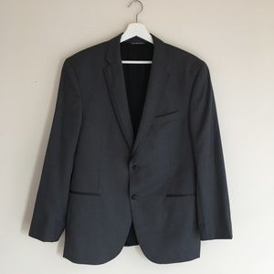 Vera Wang tuxedo jacket and pants